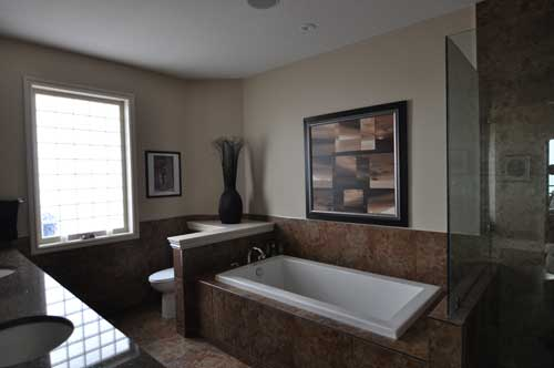 Master Bathroom - Hewetson Avenue